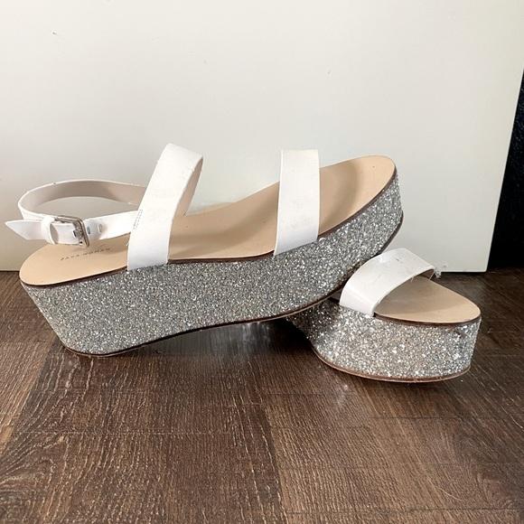 ZARA size 10 sandals